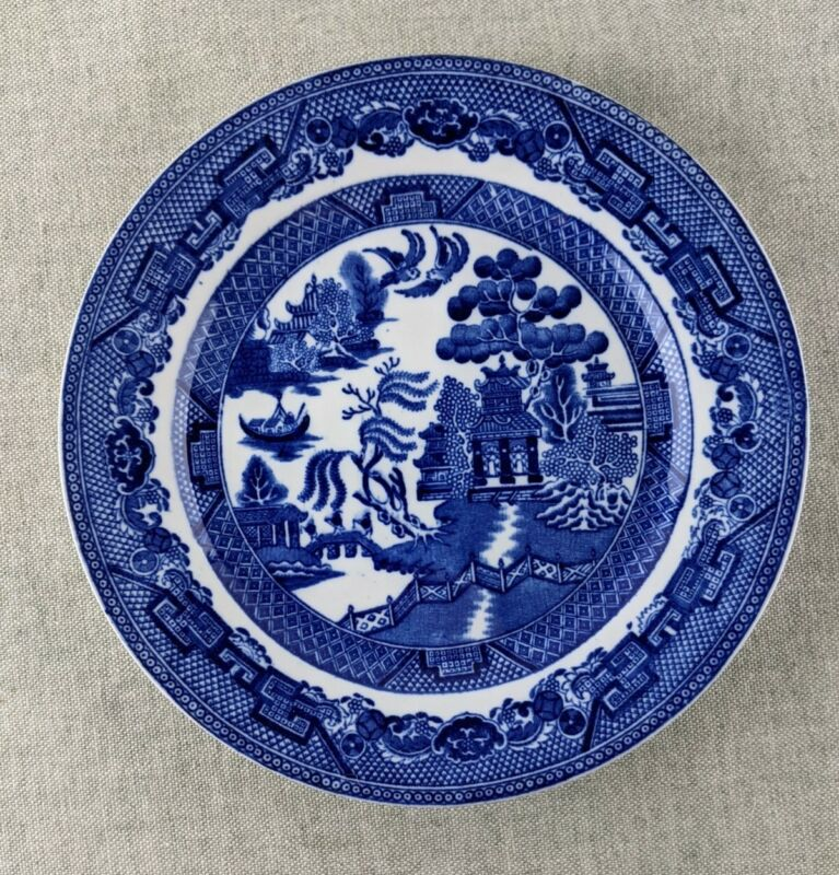 """Antique Wedgwood & Co Blue Willow 8"""" Plate"""