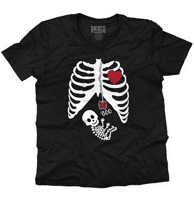 Pregnant Skeleton Shirt (Pregnant Women Baby Halloween Shirt | Cute Gift Skeleton Cool V-Neck T)