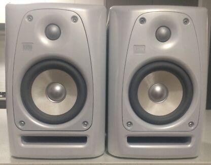 KRK Rokit 5 Powered Speakers