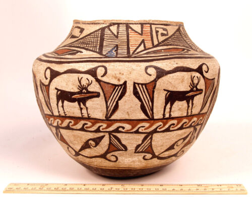 "Historic Era C1890 Zuni Olla/ Jar / Pottery W/ Deer-in-house Motif  11"" X 8 1/2"""