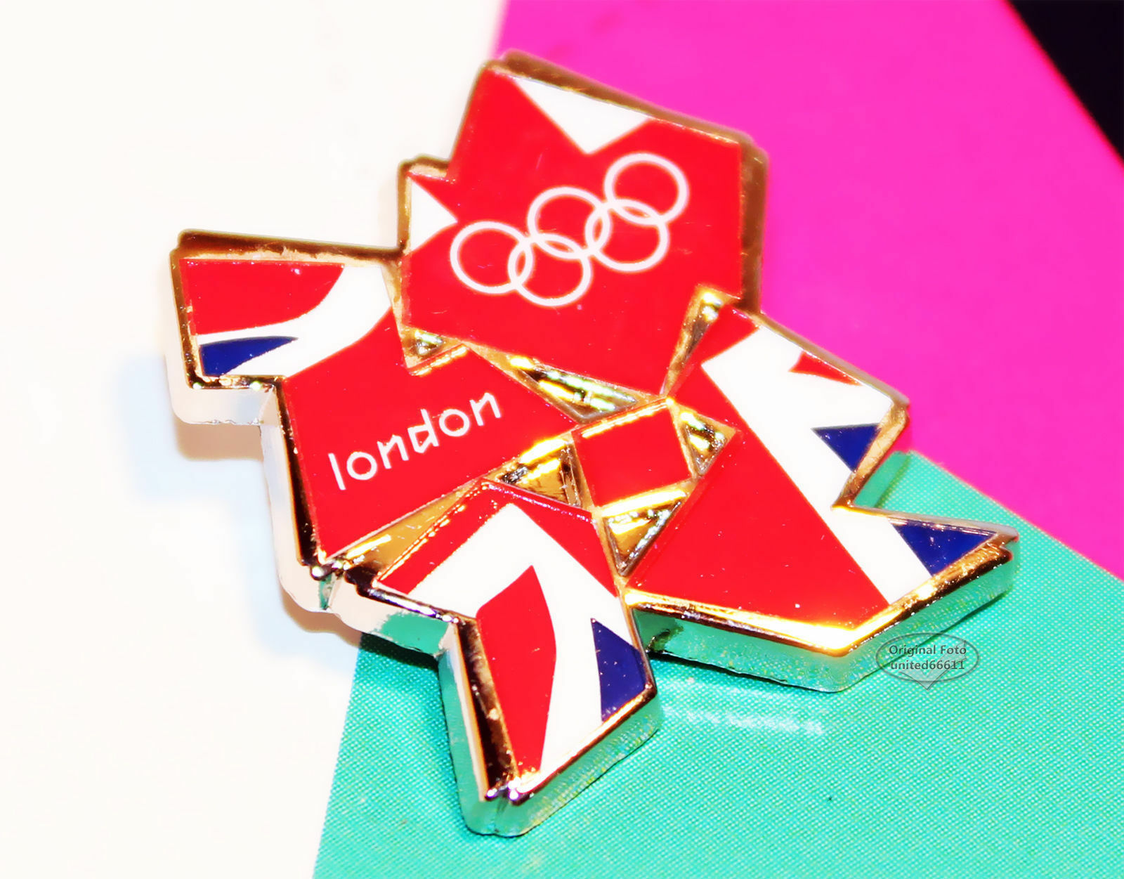 Pin official OLYMPIA 2012 LONDON Holo Olympic games Union Jack Anstecker NEU