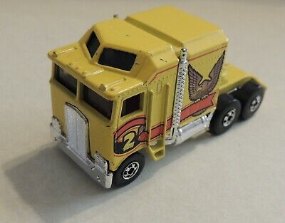 "1982 Hot Wheels RareTHUNDER ROLLER Kenworth Semi~ ""Hong Kong"" casting**Super!**"