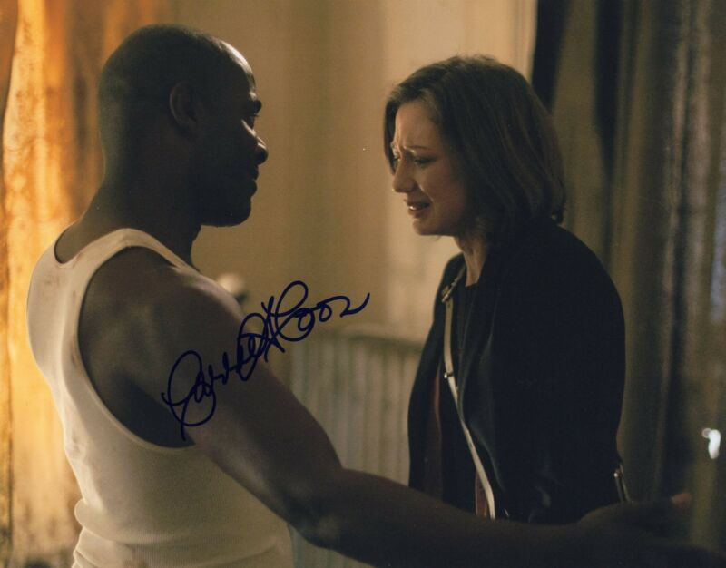 Carrie Coon signed The Leftovers Star 8x10 Photo w/COA Nora Durst
