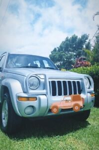 2002 Jeep Cherokee Limited (4x4) 5speed V6