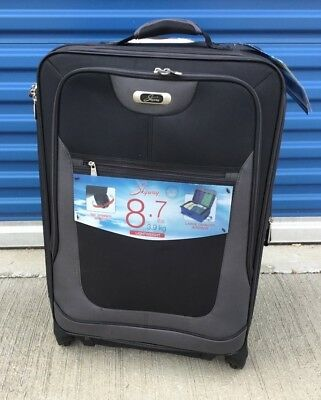 Skyway Luggage Epic 21-Inch Spinner Carry On With Gliding Wheels