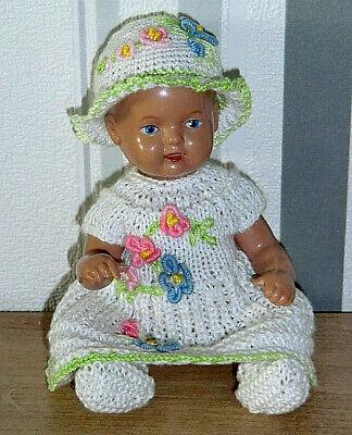 Schuhe Kleidung Bekleidung (3-tlg Set Outfit Bekleidung Kleid Mütze Schuhe SK Schildkröt  Baby  Puppen 16 cm)