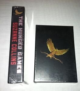 The HUNGER GAMES-Collector's Edition by Suzanne Collins 2011, Hardcover NEW