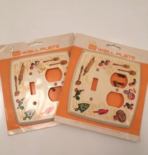 Set Of 2 Vintage Matching Sears Plastic Switch Plate Covers Kitchen Retro Plug