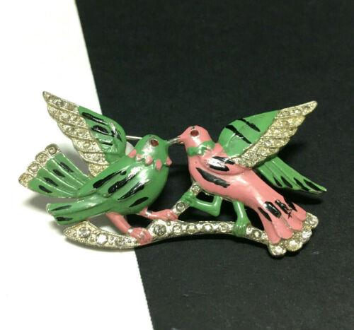 Vintage Unsigned TRIFARI Enamel LOVE BIRDS BROOCH Rhinestone Pink Green SS58i