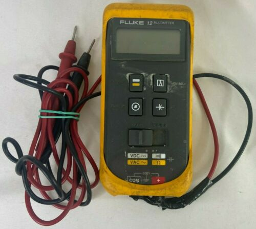 Fluke 12 Multimeter 600V With Leads
