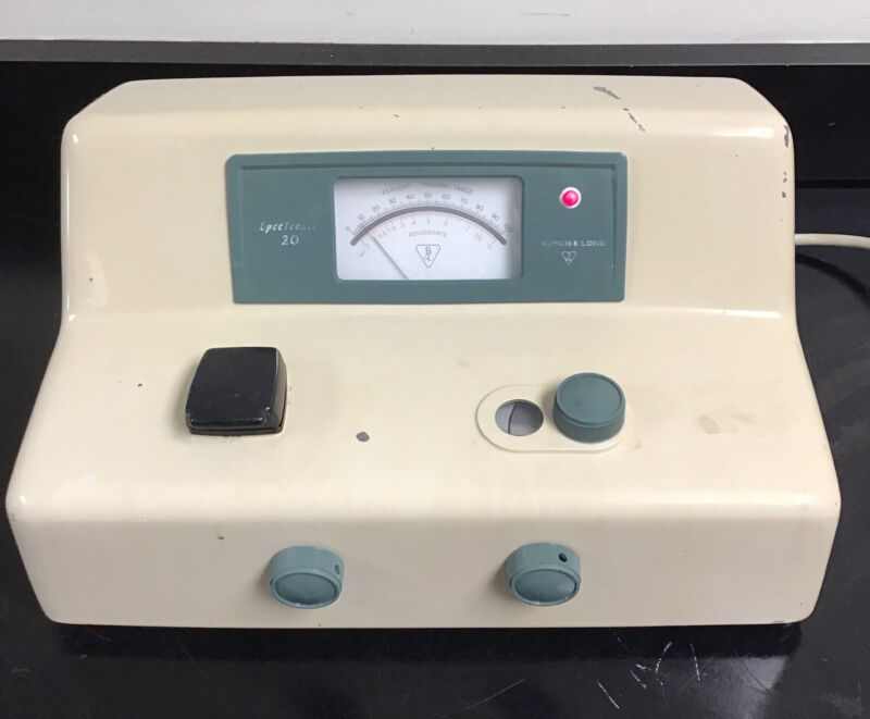 Bausch Lomb Spectronic 20 Spectrophotometer