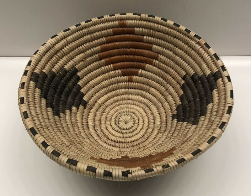 African Art Hand Coiled Woven Bowl Basket Geometric Design Palm Leaves