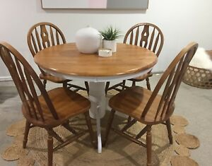 Gorgeous Hamptons Beach Vintage Style Dining Table Chairs