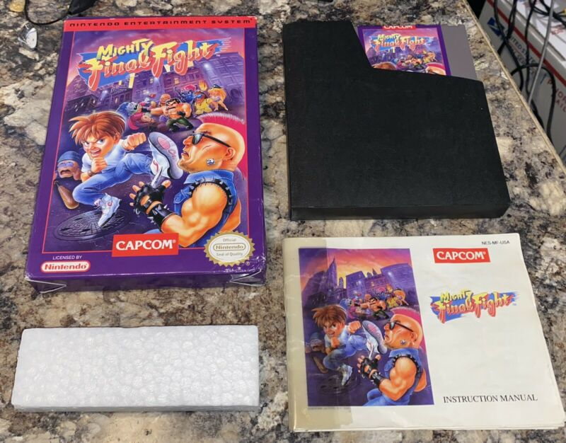 NINTENDO NES - MIGHTY FINAL FIGHT Game COMPLETE w/Manual, Box TESTED Plays Great