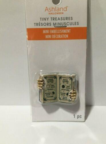 ASHLAND TINY TREASURES MINI EMBELLISHMENTS HALLOWEEN OPEN BOOK