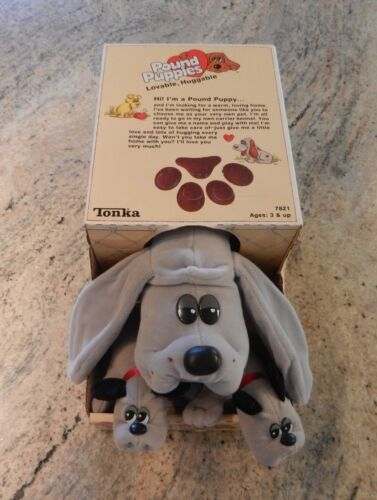 Vintage 1986 Tonka Mom with Babies Pound Puppy Gray & Black w/ Box Papers Collar