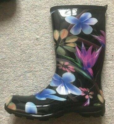 Kamik Kayla size UK 5 (US7) Black flower print
