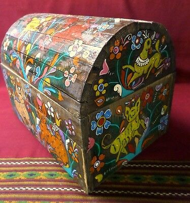 "Mexican Folk Art 17"" Wood Dowry Chest Baul Box Colonial Furniture Painted Nagual"