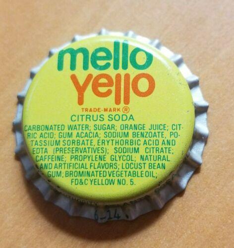 50 MELLO YELLO COCA-COLA COKE SODA POP UNUSED P/L BOTTLE CAPS NOS