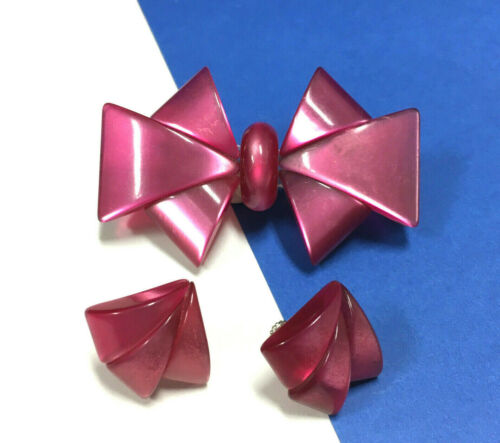 Vintage Cranberry Pink Moonglow Lucite BOW Brooch & Clip Screw Earring SET BB53K