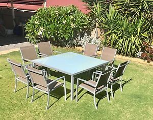 Outdoor Table and Chairs Seaford Rise Morphett Vale Area Preview