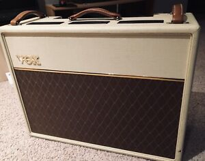 Vox AC30H2 Handwired with Alnico Blue speakers