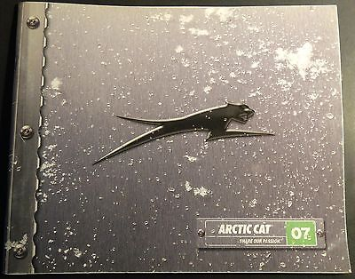 2007 ARCTIC CAT SNOWMOBILE SALES & ACCESSORIES BROCHURE 48 PAGES  (601)