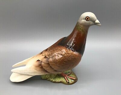Beswick Red/Brown Pigeon #1383B.