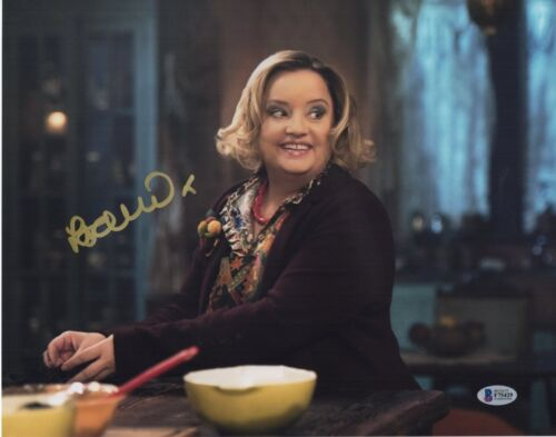 LUCY DAVIS SIGNED CHILLING ADVENTURES OF SABRINA PHOTO 11X14 AUTOGRAPH! BAS COA