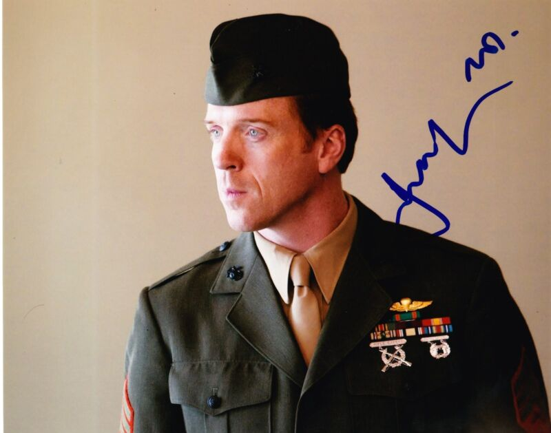 DAMIAN LEWIS SIGNED 8X10 PHOTO AUTHENTIC AUTOGRAPH HOMELAND BRODY BROTHERS COA D