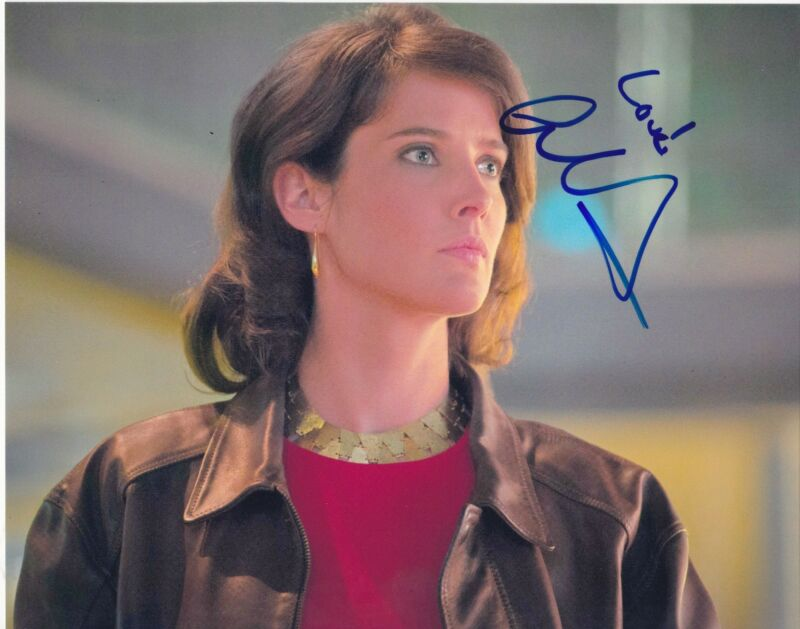 COBIE SMULDERS SIGNED 8X10 PHOTO THE AVENGERS AGE OF ULTRON SHIELD MARIA HILL