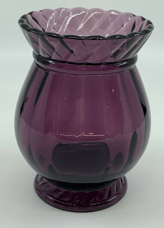 Fenton Amethyst Purple Art Glass Vase