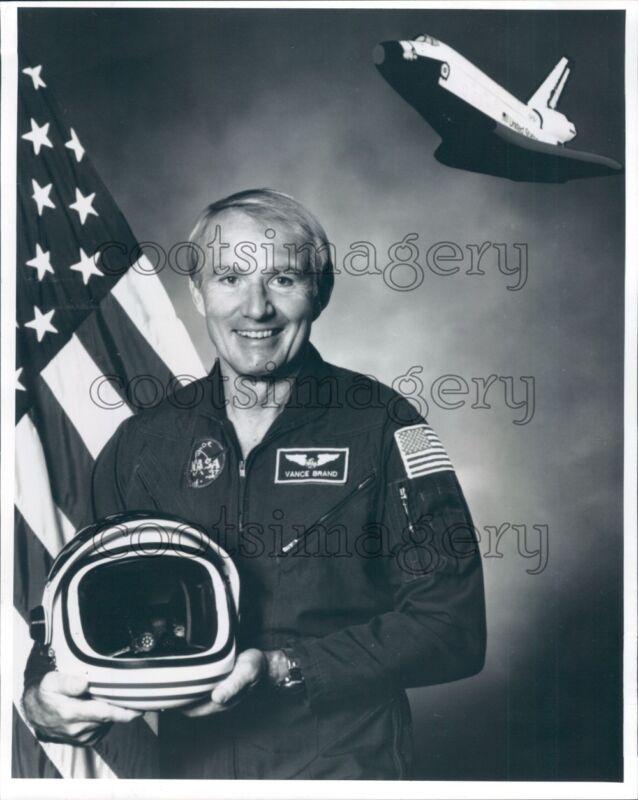 1994 Space Shuttle Astronaut Vance Brand Press Photo