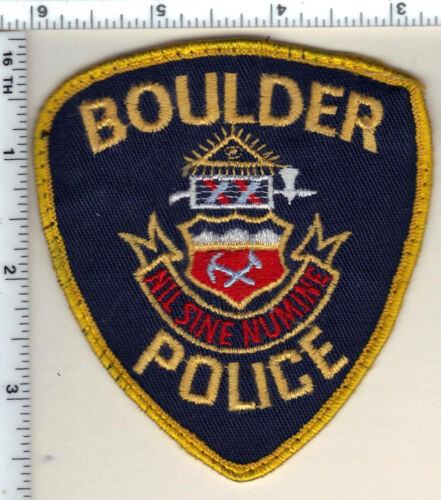 Boulder Police (Colorado) 4th Issue Uniform Take-Off Shoulder Patch - from 1992