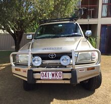Must sell 2003 SR5 hilux Ipswich Ipswich City Preview