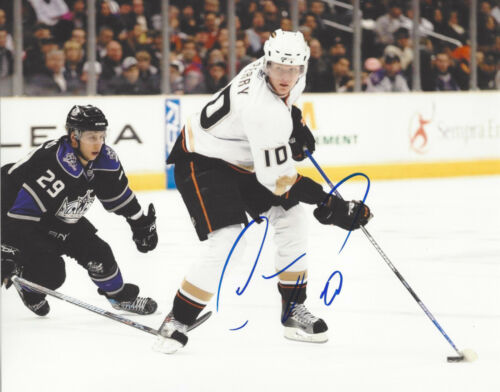 ANAHEIM DUCKS COREY PERRY SIGNED AUTHENTIC 8X10 PHOTO w/COA NHL CANADA