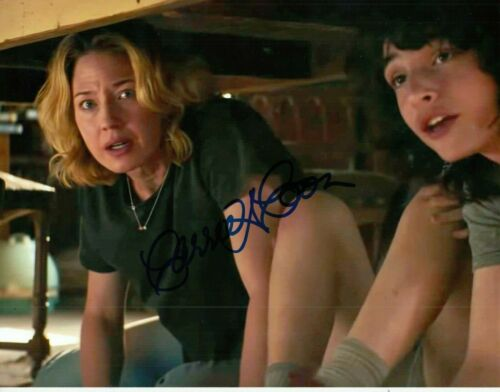 CARRIE COON signed (GHOSTBUSTERS: AFTERLIFE) Movie 8X10 *Callie* photo W/COA #6