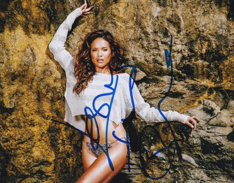 Lesley-Ann Brandt Signed 8x10 Photo Authentic Autograph Fox Lucifer COA C