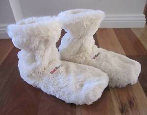 New Hot Boots Women's Microwavable Slippers: One Size Fits All Bulli Wollongong Area Preview