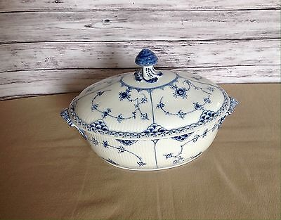 ROYAL COPENHAGEN Blue Fluted Half Lace Covered Tureen  #595  1st Quality  MINT