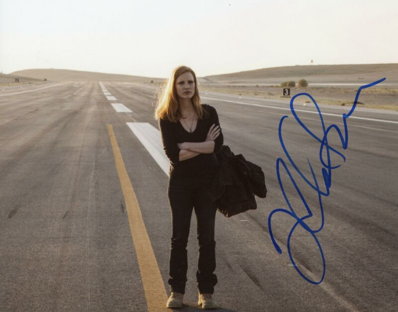 "Jessica Chastain ""Zero Dark Thirty"" AUTOGRAPH Signed 8x10 Photo B"