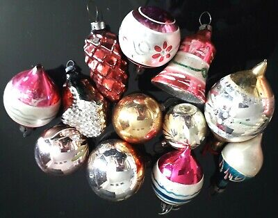 12 Various Vintage Christmas Tree Baubles Pine Cone, Teardrop, Bell, Flower