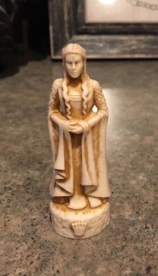 Lord Of The Rings Return Of The King Chess Set Arwen Bone Colored Queen