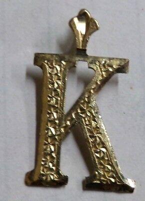 """10k Yellow Gold """" K """" Pendant Twirly Bird Center Block Letter K Name 7/8"""" .7g"""