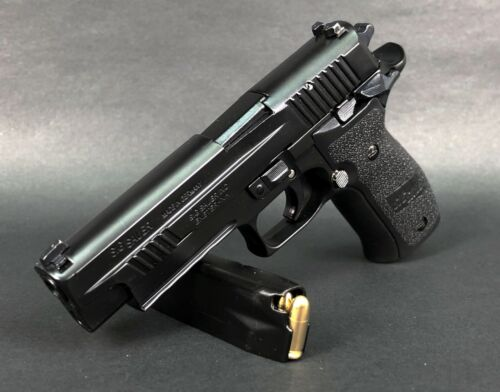 Mini Model Gun P226 (Shell Eject, Black) - For Display Only