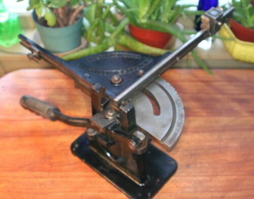 vintage HB Rouse & Company Lead Type Bevel Miter Cutter for Antique Printer