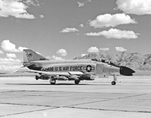 "USAF McDonnell F4 Phantom ((8.5""x11"")) Print"