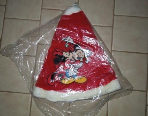 NIP Disney Store Exclusive Plush Minnie Mickey Mistletoe Tree Skirt (Sealed)