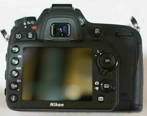 NIKON D7100 barely used 10/10 like NEW