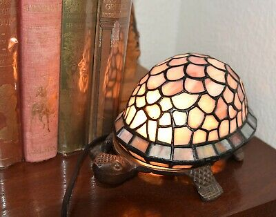 VINTAGE TIFFANY STYLE TORTOISE LAMP IN SHADES OF MAUVE & PURPLE BY LLOYTRON